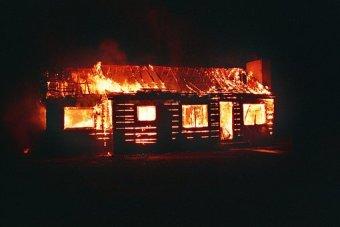 Informe:incendios de chimeneas domesticas y como prevenirlos.Otoño 2016